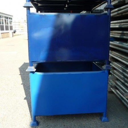 Large fitting bins 003 copy 72 dpi